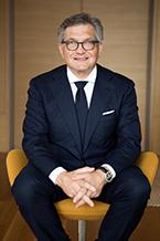 Dr. Roger Härtl